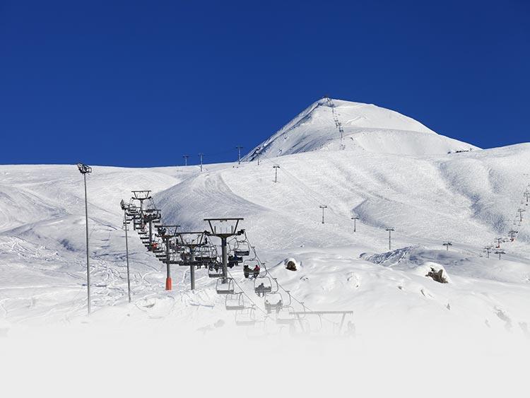 アイテム多数! 他にないパークがクセになる 石打丸山スキー場