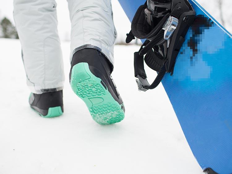 ずっと清潔、ずっと長持ち。スノボブーツのケア方法