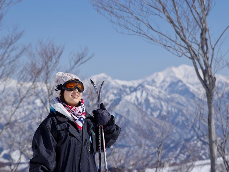 滑ったあとは温泉でホッと一息! 野沢温泉スキー場で贅沢なひとときを